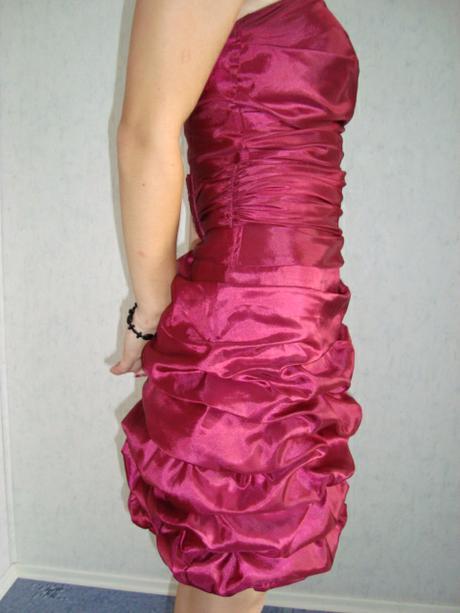 Spoločenské šaty ( cena už s poštovným ), 34