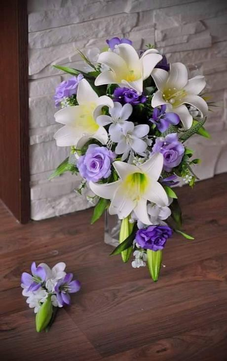 Převislá kytice - nepoužitá,