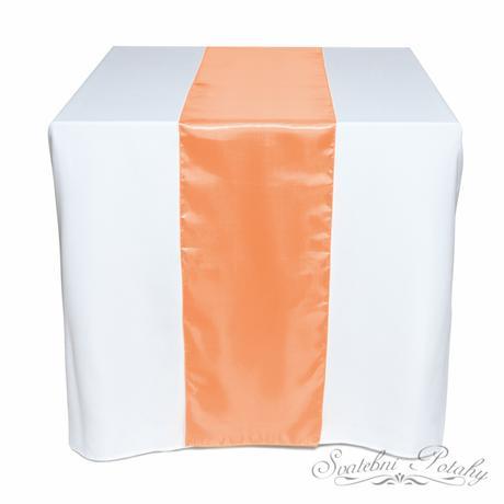 Saténové běžce k dekoraci stolů,