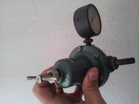 regulačné ventily 2ks,