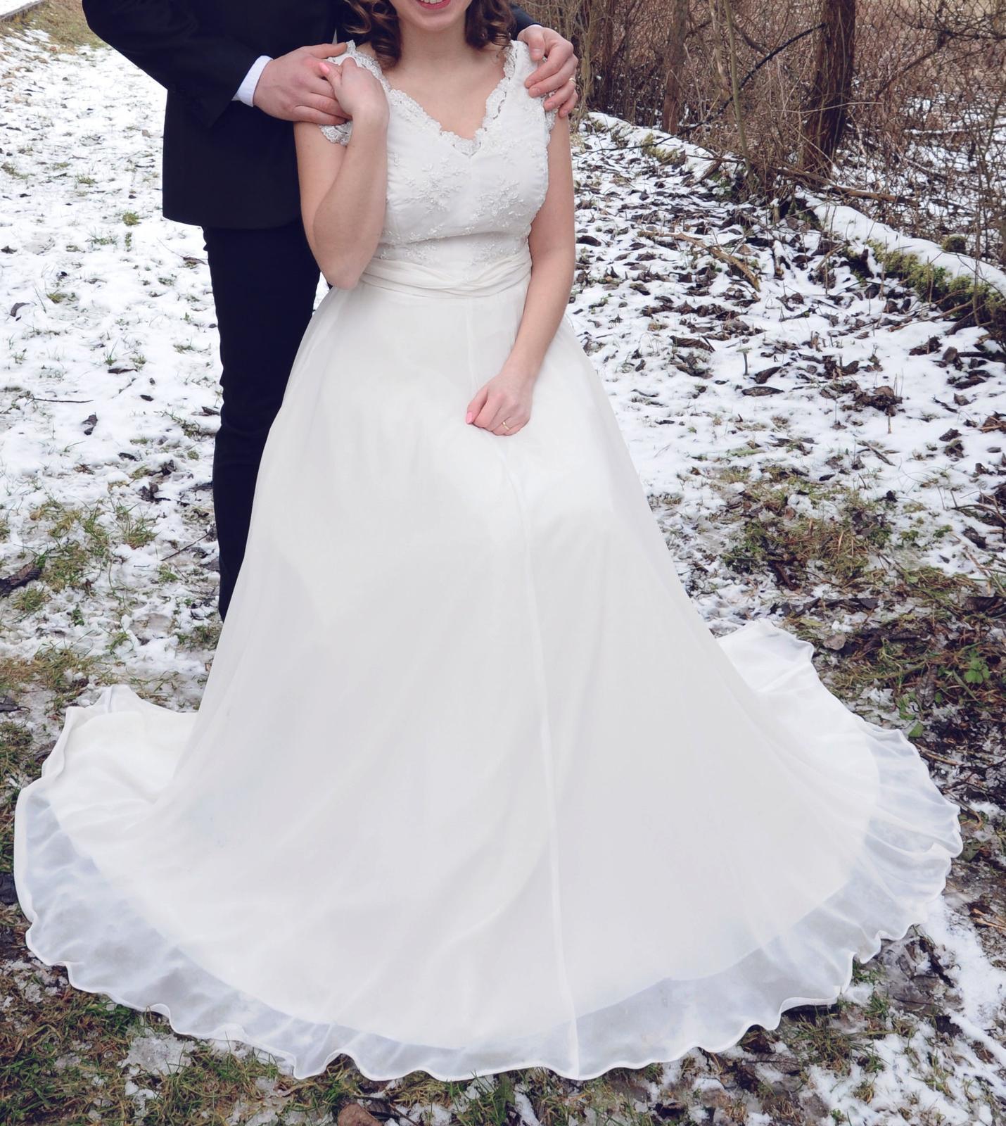 754076485041 Nádherné svadobné šaty