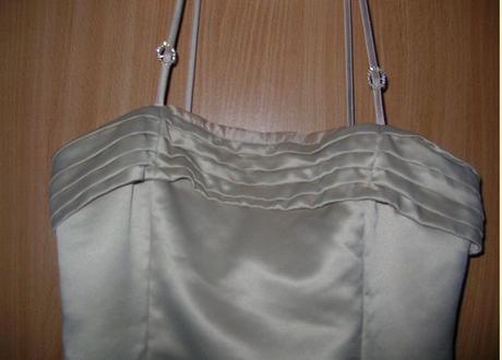zlaté šaty, 164
