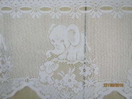 zaclona este zabalena biela kratka 160 x 130,