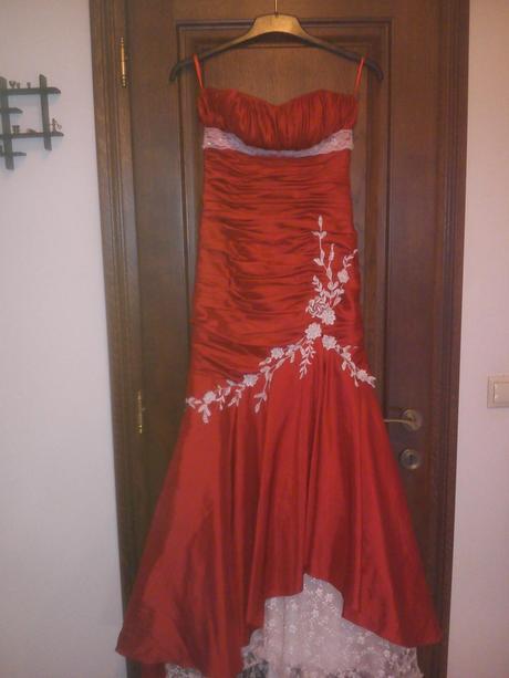 Spoločenské šaty , 34
