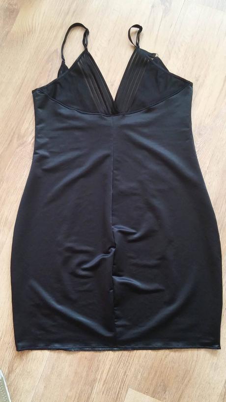 Stahovací spodní prádlo, 46