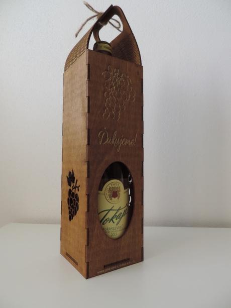 Drevená dóza na víno ,