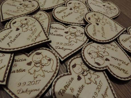 Drevené svadobné magnetky,