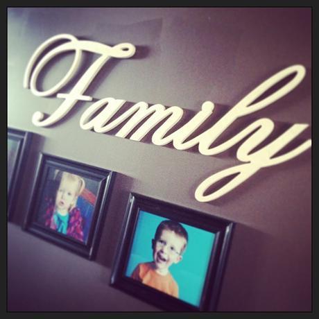 Family nápis,