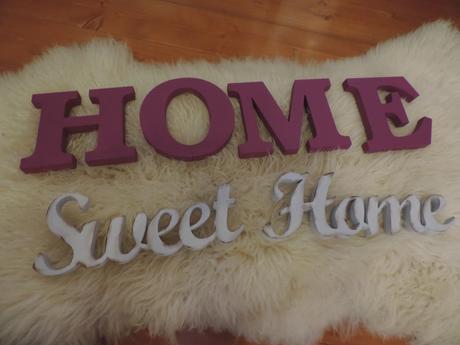 HOME ,