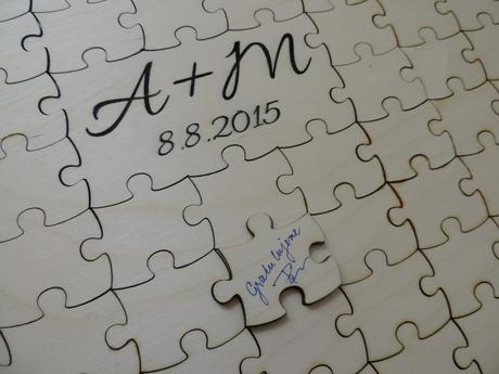 Kniha hostí - puzzle 100ks,