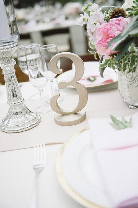 Strieborné čísla na svadobný stôl,