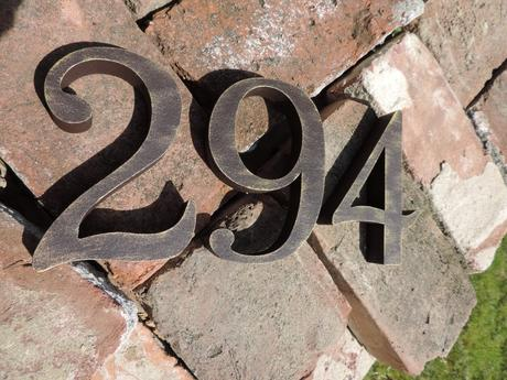 Súpisné číslo na dom s patinou,