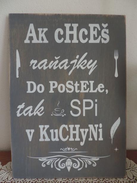 Tabuľa s nápisom do kuchyne,