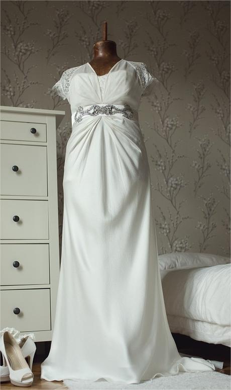 Vintage luxusní šaty z uk značka Coast , 40