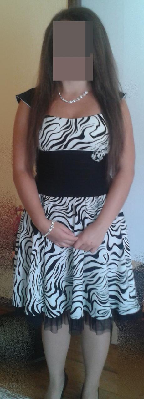Čierno-biele krátke šaty, 42