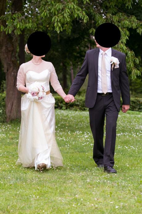 svatební šaty šité na míru, 42