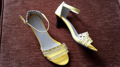 žluté boty, 40