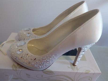 Biele svadobné topánky , 39
