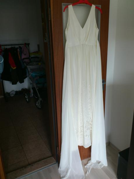svadobne šaty, 42