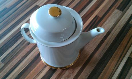 čajniček,