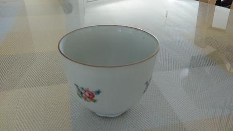 porcelánové šálky,