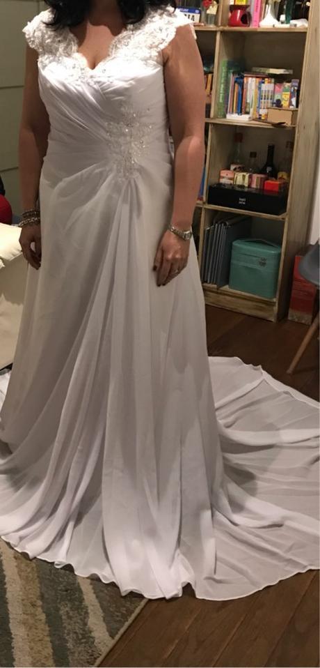 Dlhé svadobné šaty - 12 veľkostí, 8 farieb, 44