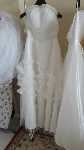Dlhé svadobné šaty - 15 veľkostí, 2 farby, 34