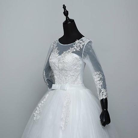 f00069e65d2e Svadobné šaty k dispozícii ihneď eu 42-46