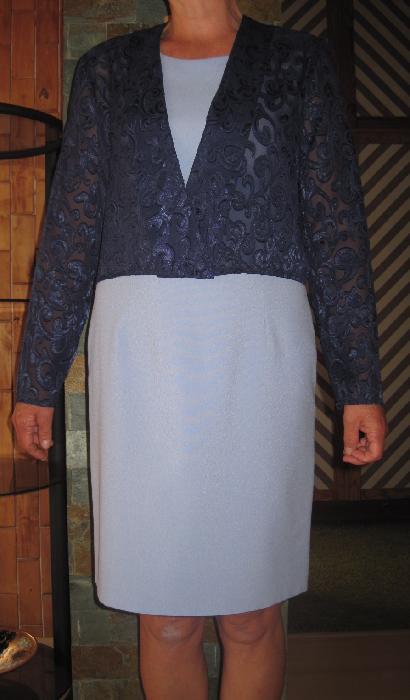 Pouzdrové šaty, 38