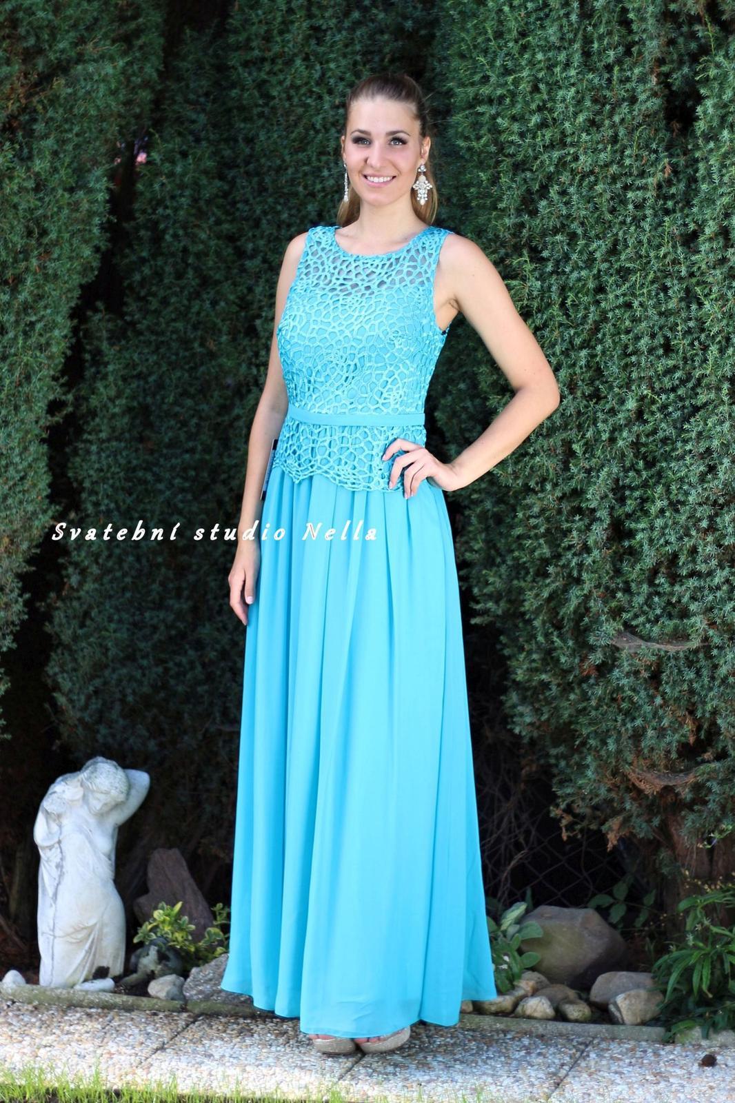 06e36cb6d82 Tyrkysové dlouhé společenské šaty