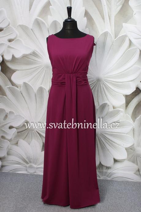 Dlouhé společenské šaty pro plnoštíhlé fialové, 44