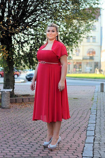 Krátké šaty červené pro plnoštíhlé - půjčovné , 46