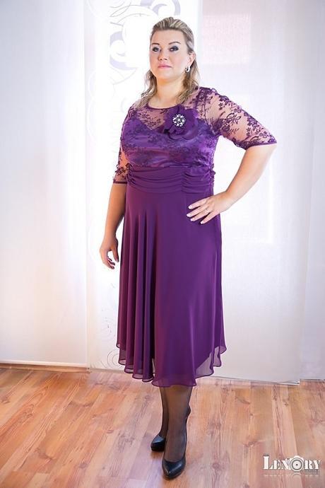 Krátké šaty fialové pro plnoštíhlé - půjčovné , 48