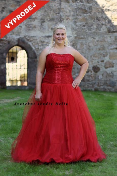 Plesové šaty pro plnoštíhlé červené - výprodej, 50