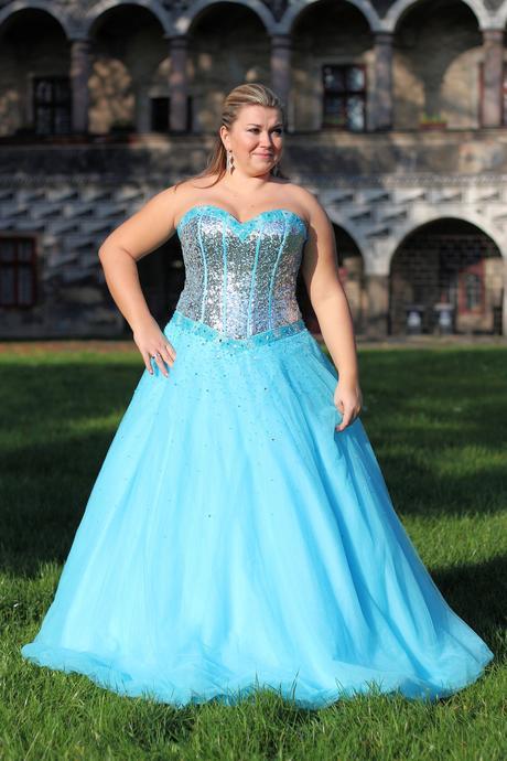 Plesové šaty tyrkysové , 44