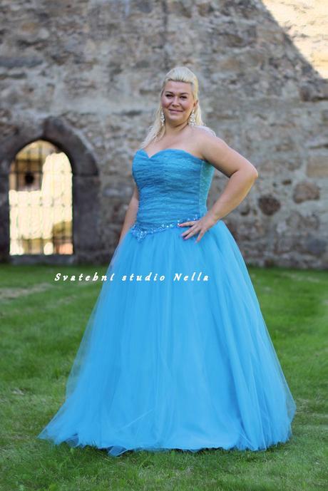 Plesové šaty tyrkysové pro plnoštíhlé - půjčovna, 48