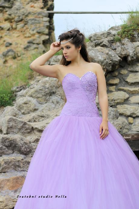 Plesové společenské šaty fialové, 38