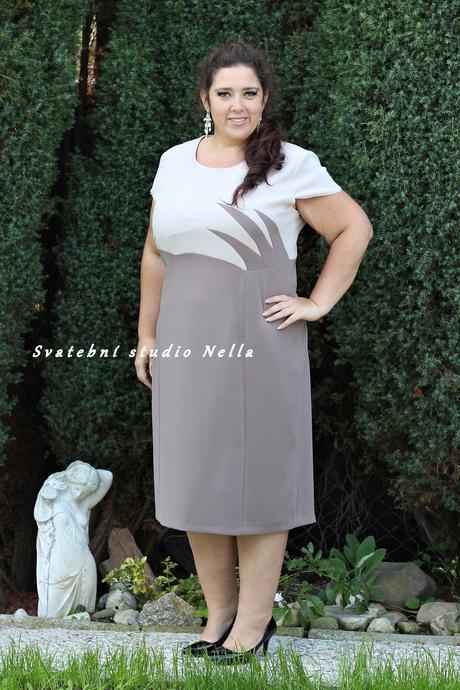 Půjčíme krátké společenské šaty - kostýmek béžový, 50