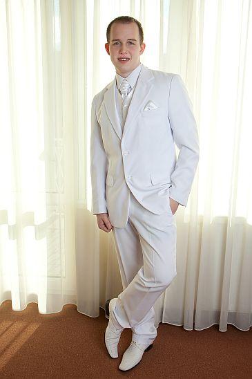 Svatební oblek bílý, 50