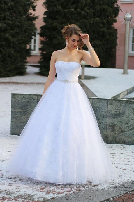 Svatební šaty M43 , 36
