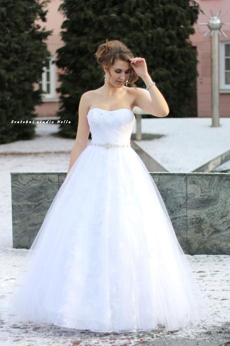 Svatební šaty M43 , 38