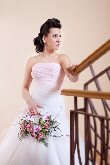 Svatební šaty N15, 36