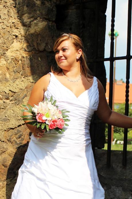 Svatební šaty N22 pro plnoštíhlé, 46