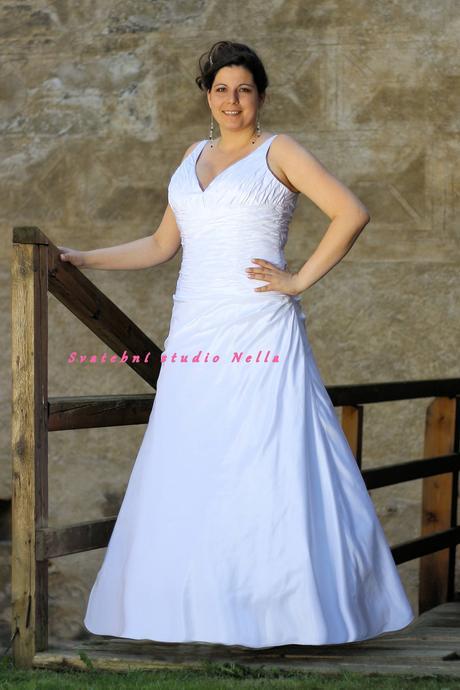 Svatební šaty pro plnoštíhlé N22, 48