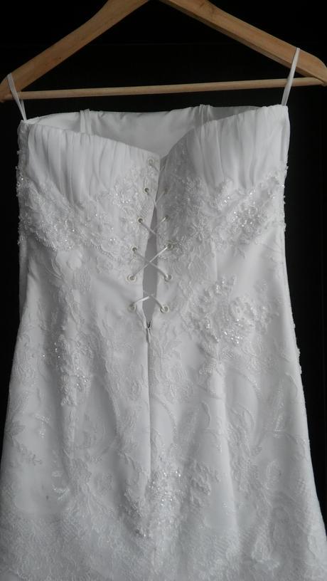 cipkovane šaty, 38