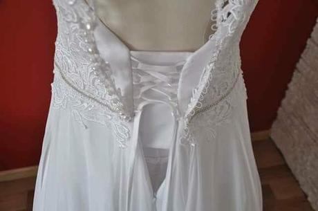 Romantické šaty, 40
