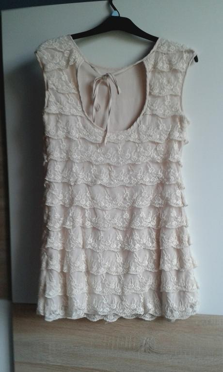 krajkové pudrové šaty, 36
