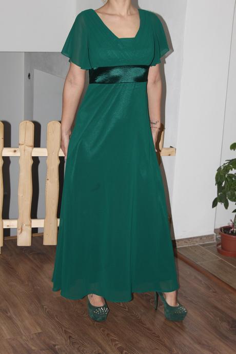 Dlhé spoločenské šaty, 38