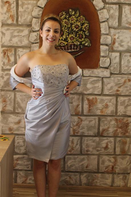 kratke spoločenske šaty, 42