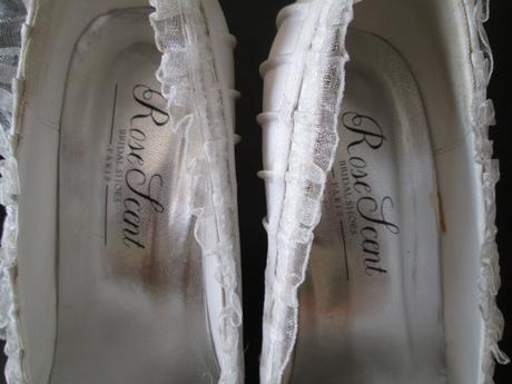 Svatební lodičky s krajkou, 39